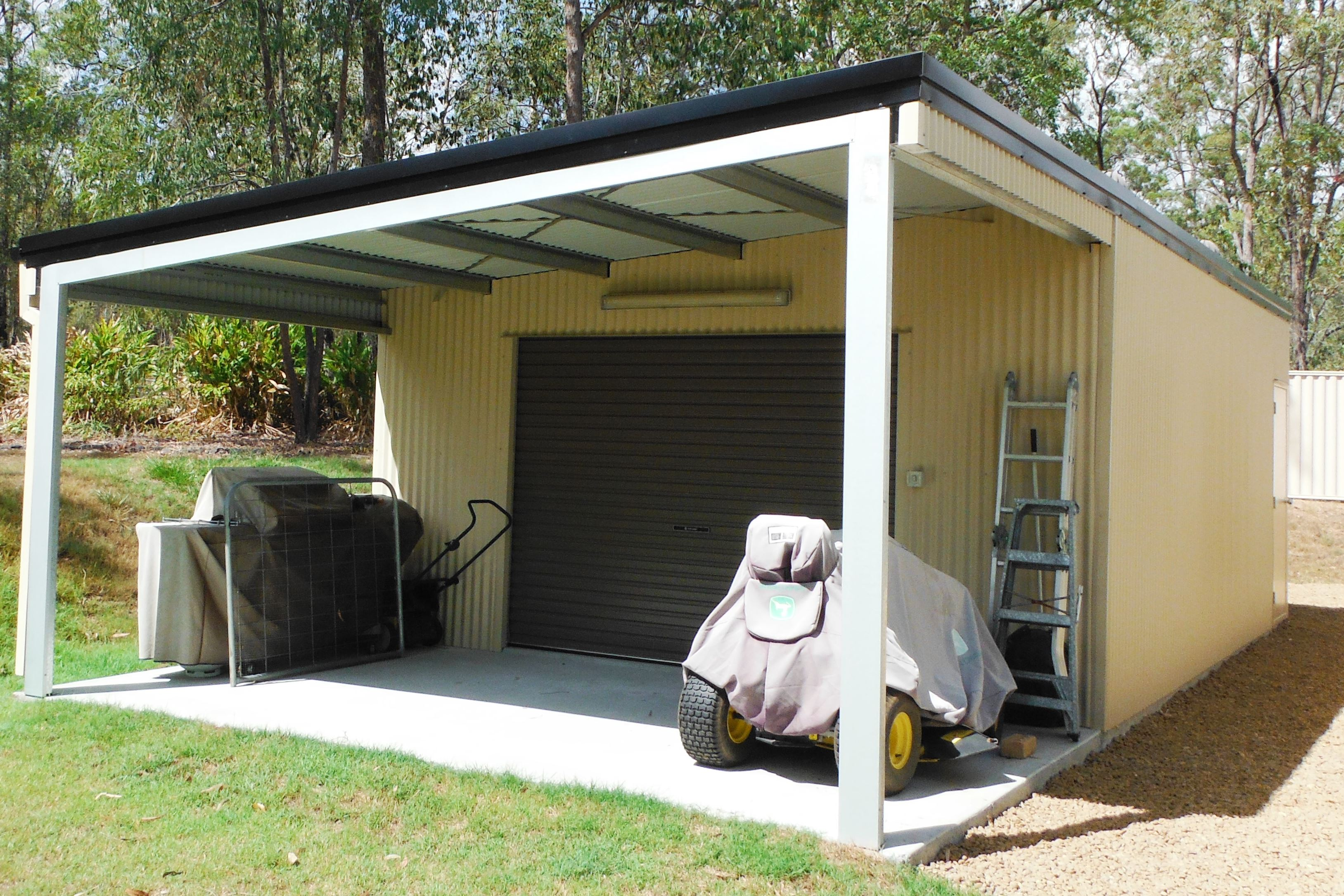 Shed garages for sale large industrial garages for Single garage cost